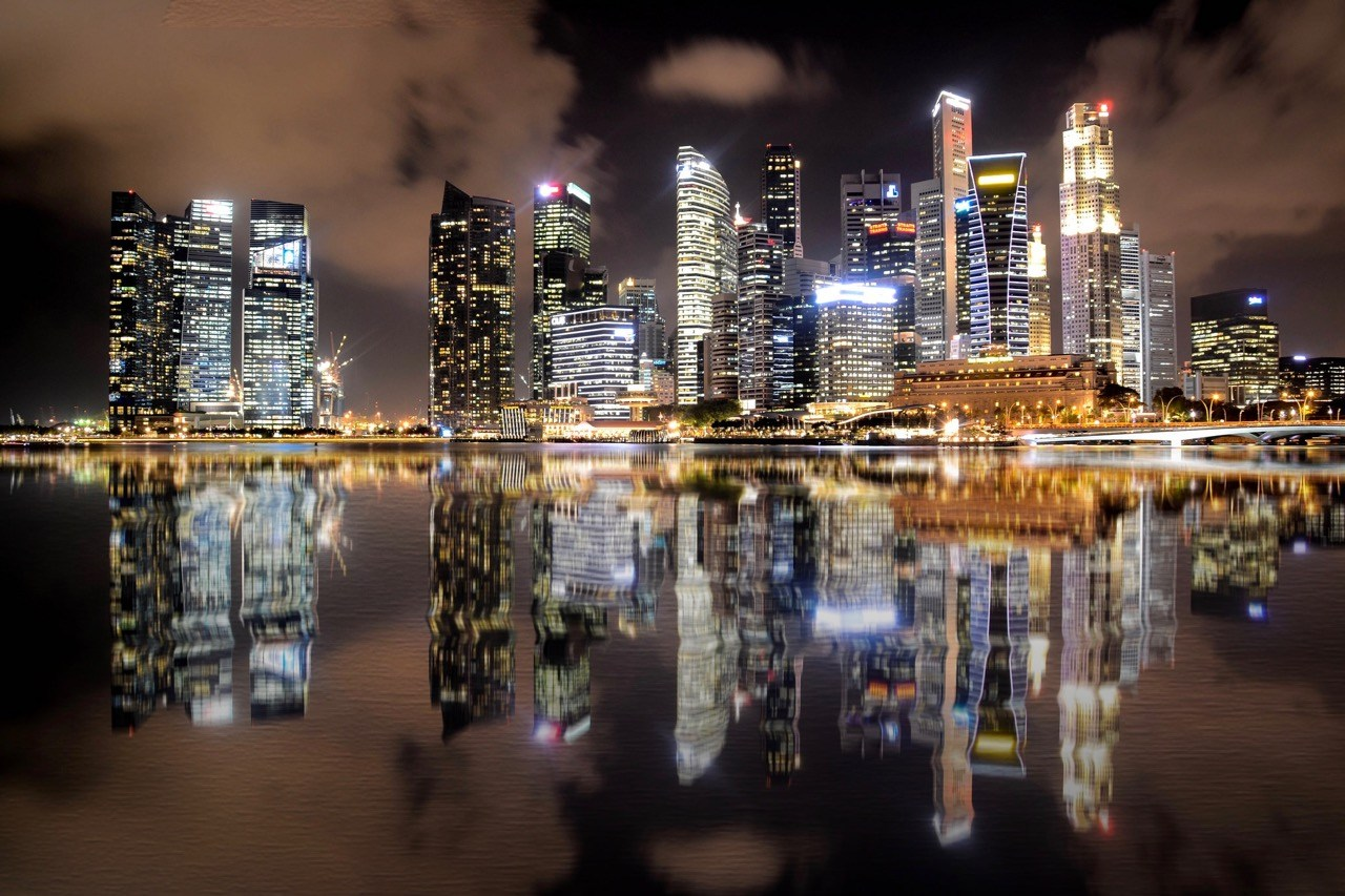 One of the must-do marathons in Asia, Singapore Skyline at night. Photo credit: Michaela Loheit