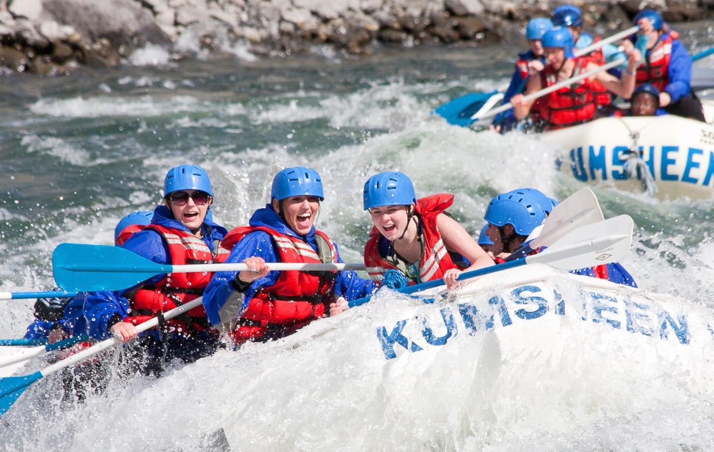 Rad Days River Rafting Kumsheen BC
