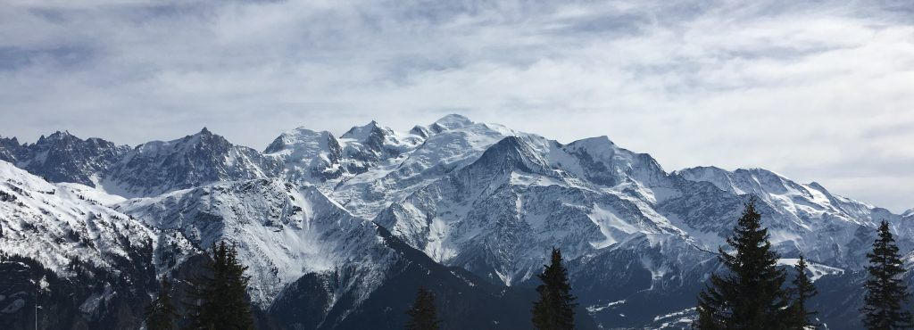 Stunning landscape shop of Chamonix and the mont blanc valley area