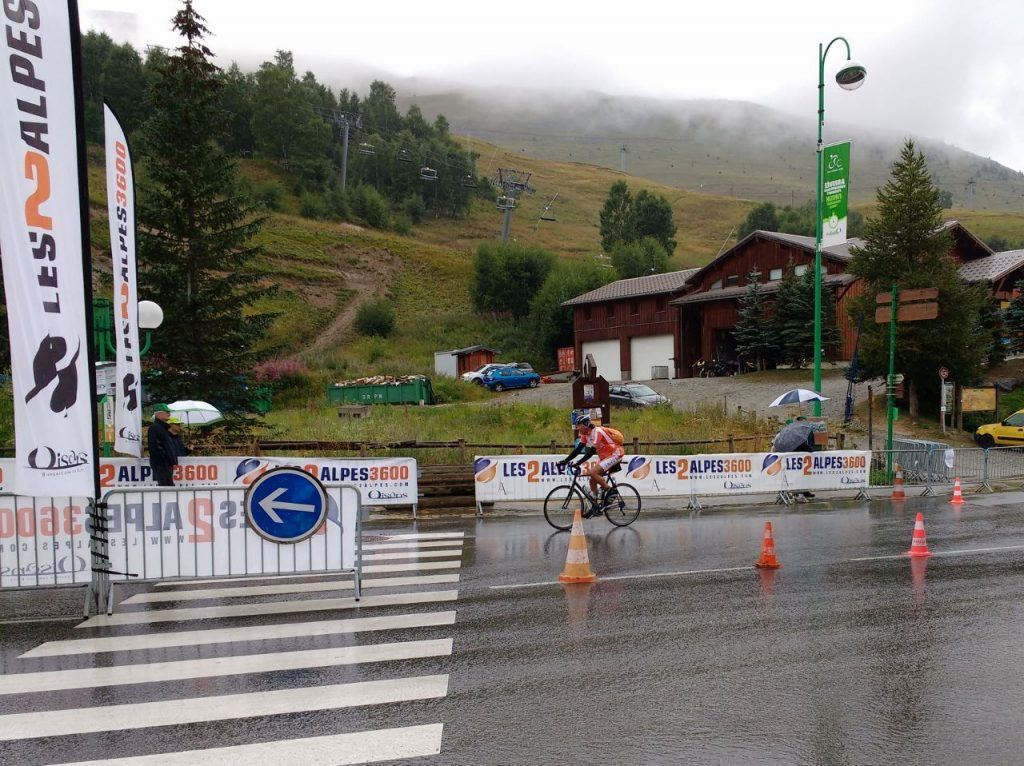 endurance events cycling in deux alpes granfondo
