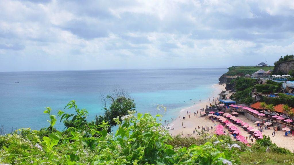 Dreamland beach on the BUKIT PENINSULA, Bali