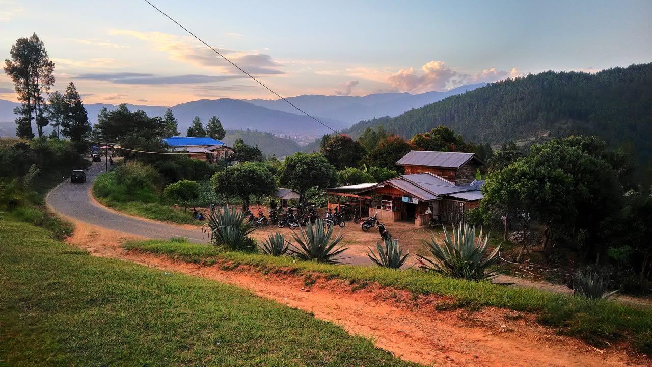 sumatra by motorbike dirt roads to bukit cintah