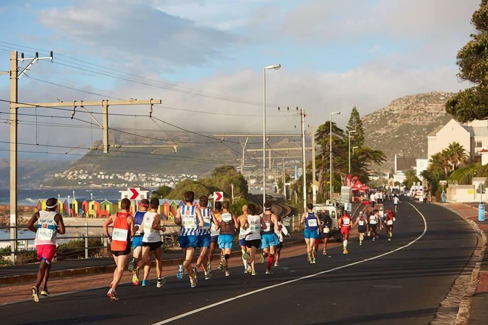 Two Oceans Marathon runners