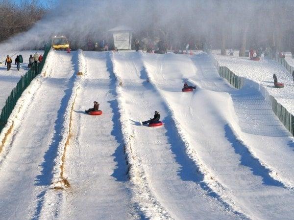 igloofest mont royal snow tubing