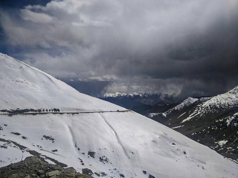 daring adventure in Kashmir