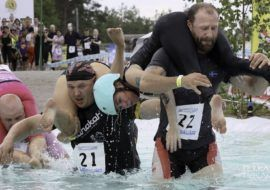 Wife Carrying World Championship 2021 in Finnland