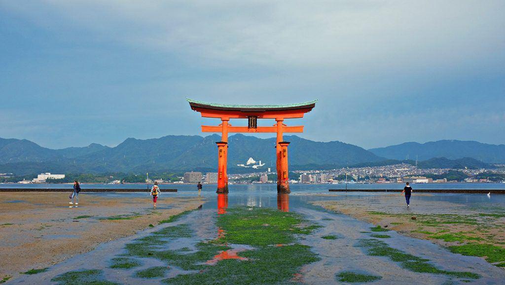 The Great Torii, hiroshima