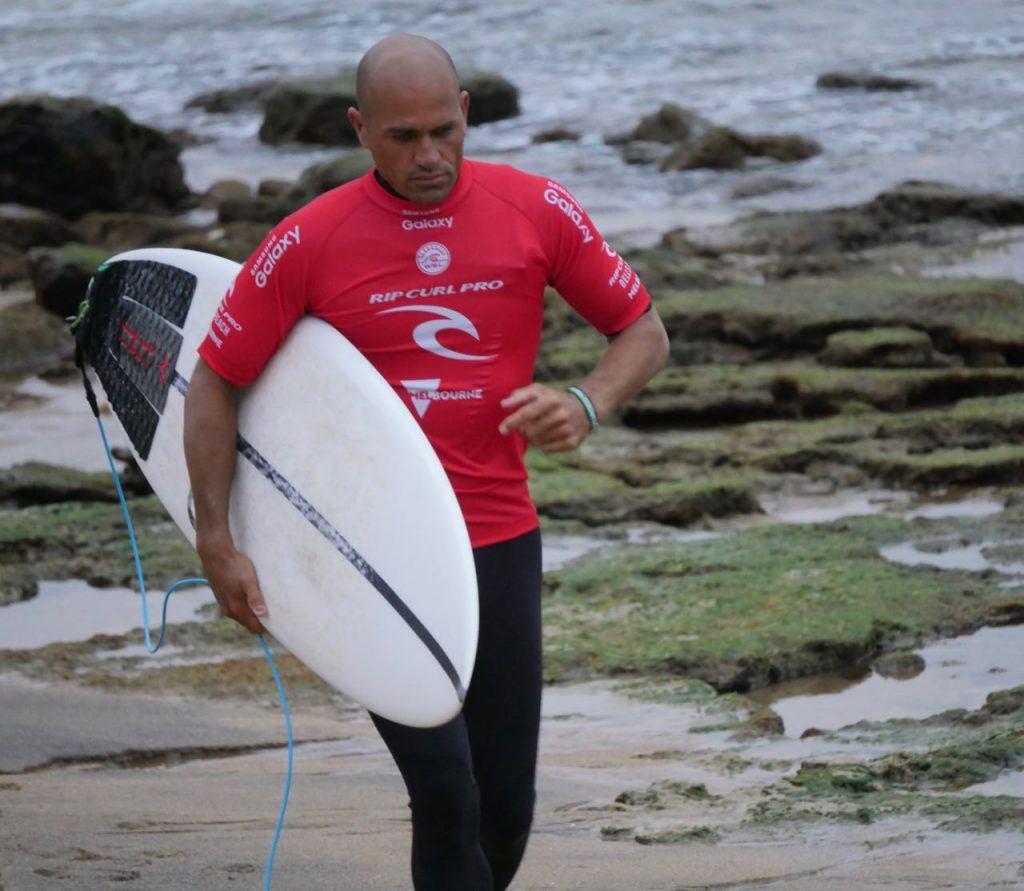 Kelly Slater Bells Beach Surf walking up the beach