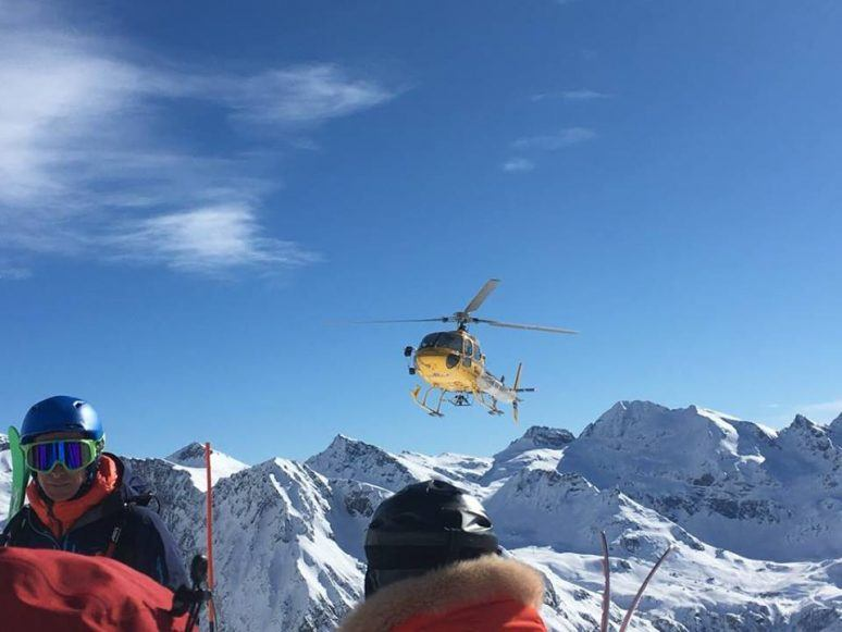 heliskiing in italy getting picked up