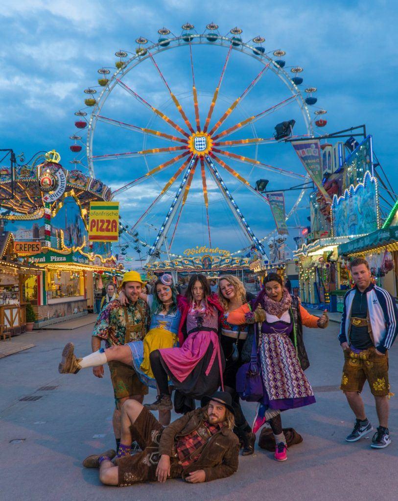 Frühlingsfest dressed in lederhosen and dirndls