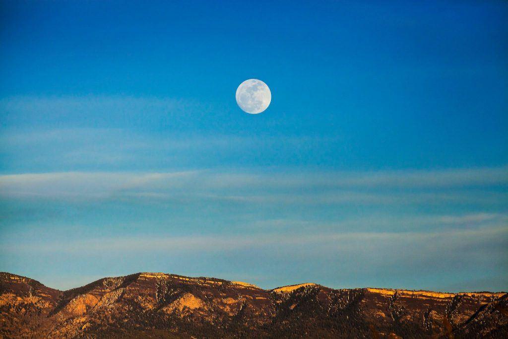 full moon in Albuquerque