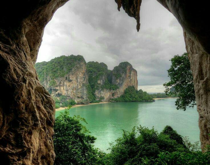 Tonsai Bay, Thailand