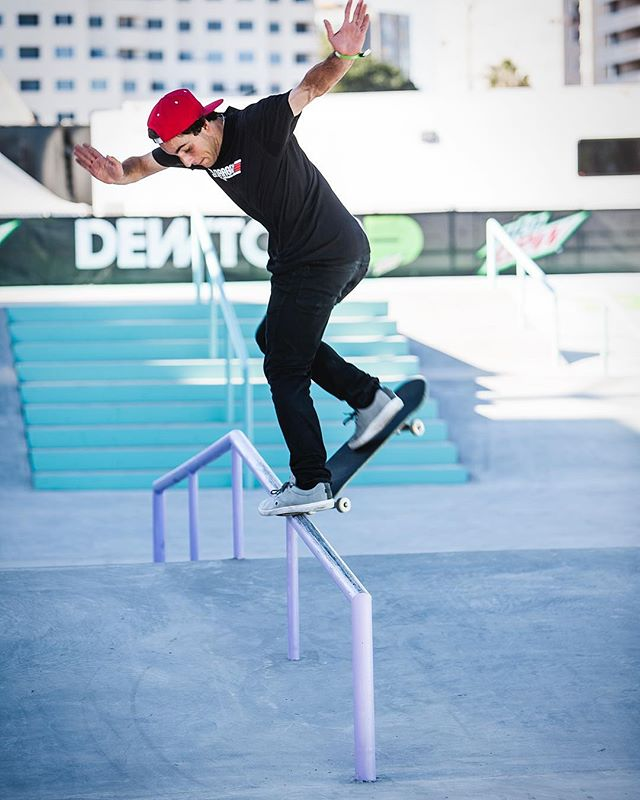 skateboard training at dew tour