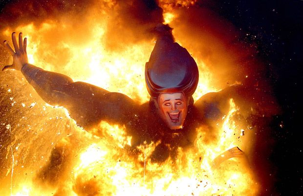 crazy experience when the fallas go up in flames