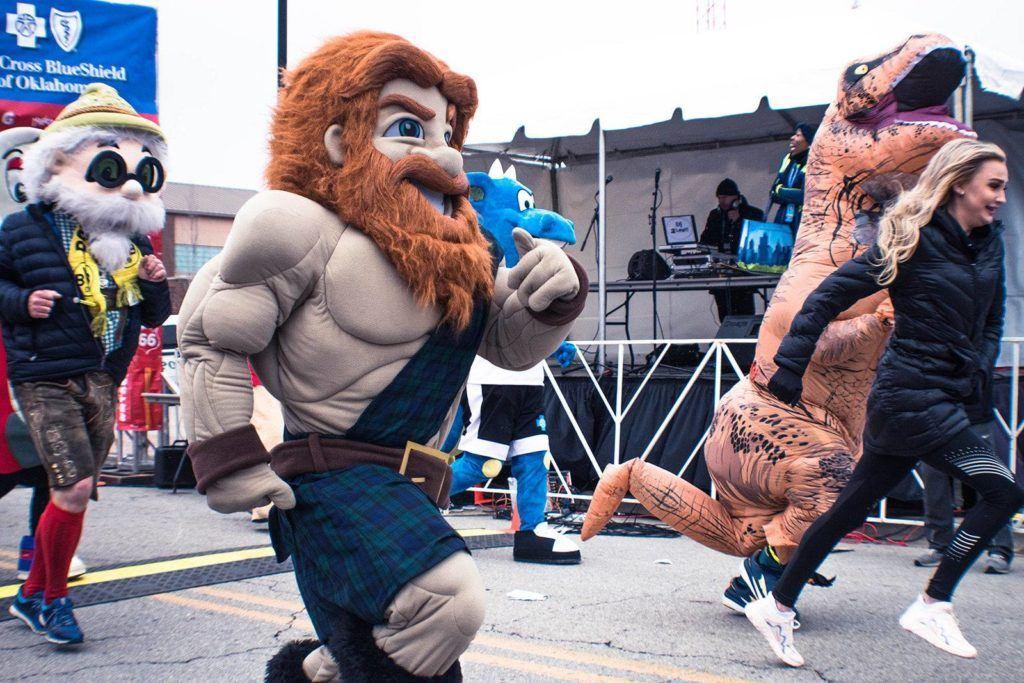 Mascots at the Route 66 Marathon