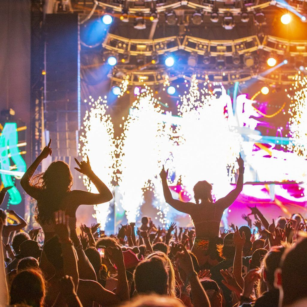 Light and fire shows at Hangout Fest