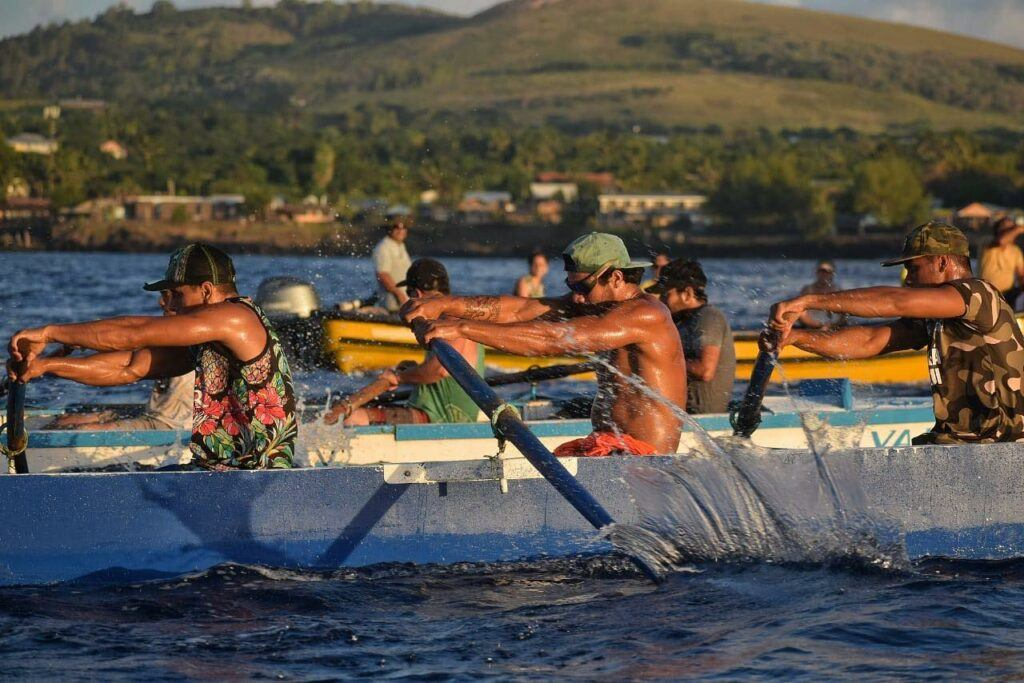 rowing competition at Tapati Rapa Nui