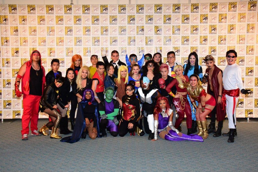 Wear themed hats or full costumes at Comic Con