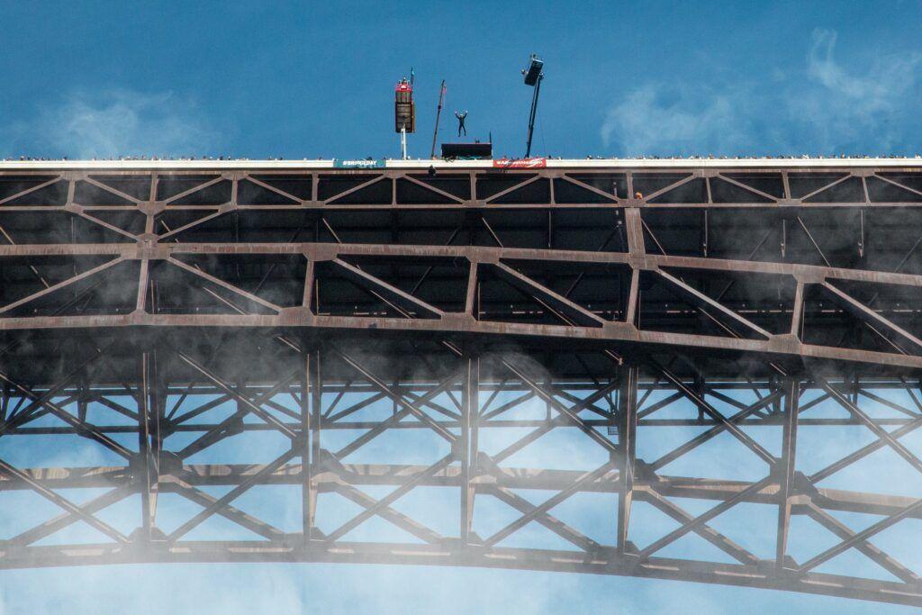 jump off New River Gorge Bridge