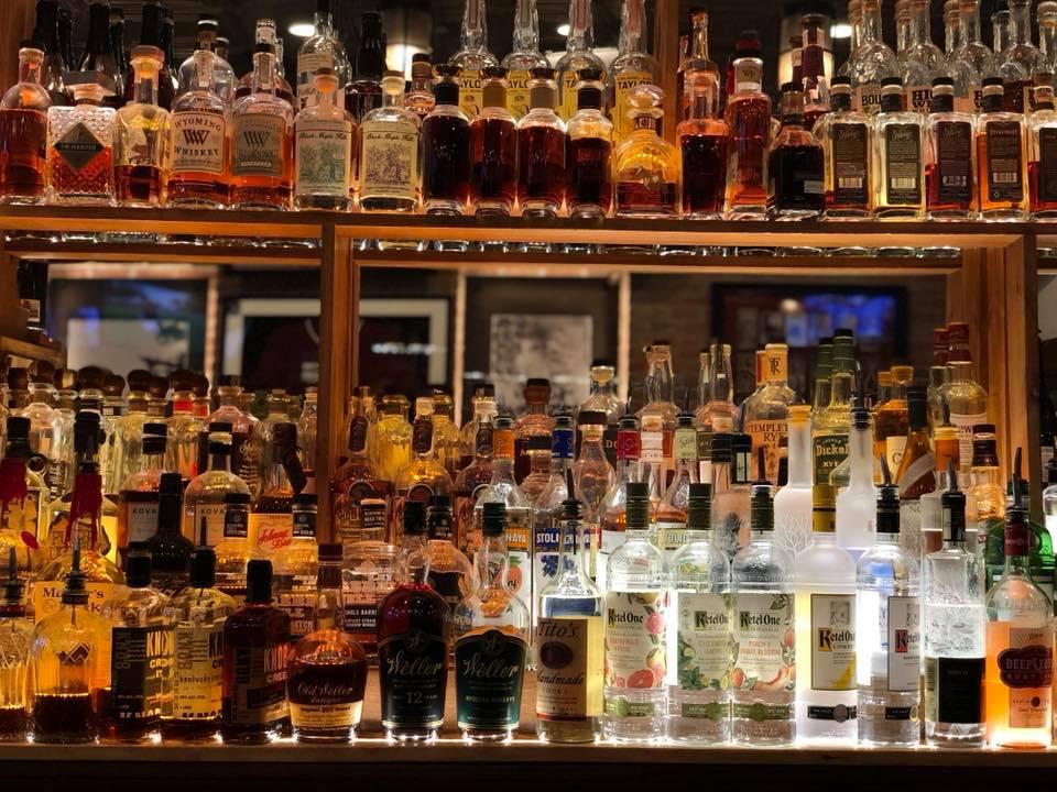 Best Bars in Aspen, best dive vars in Aspen. The Red Onion Aspen