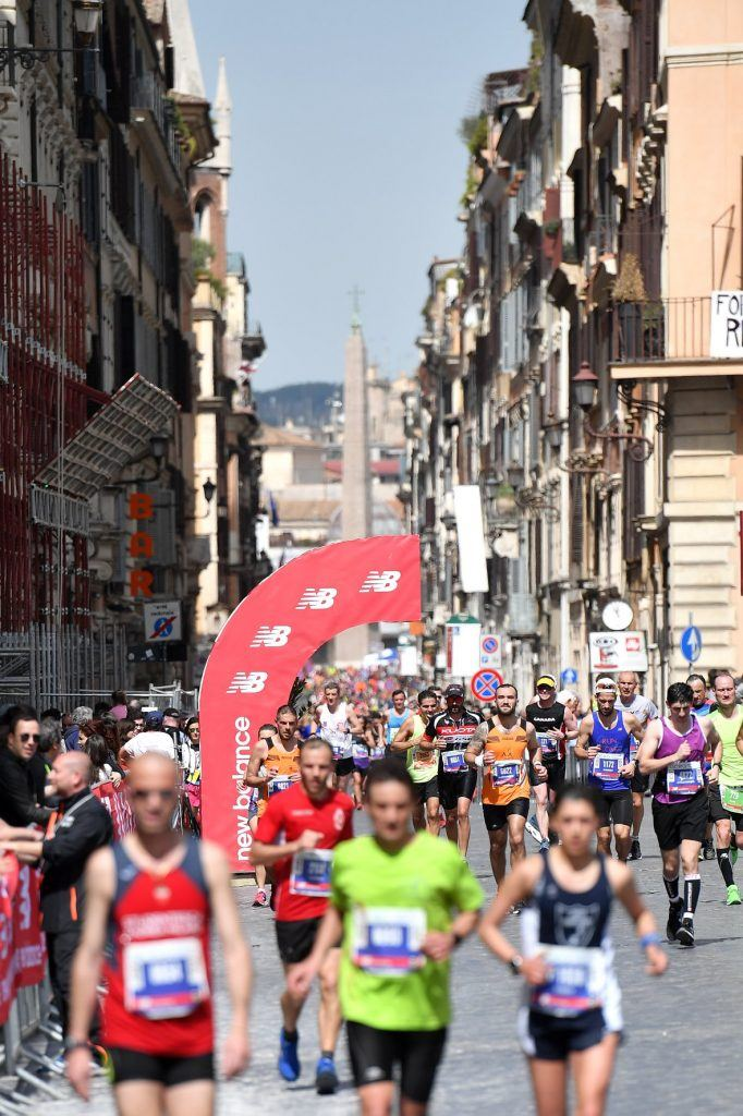Witness an array of historical buildings during the Rome Marathon