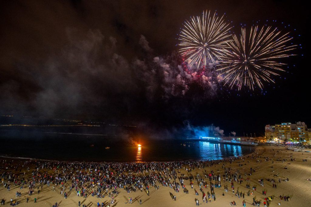 Fireworks in Las Palmas marking the end of the carnival
