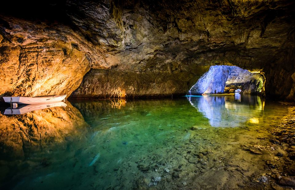 Lac Souterrain underwater lake