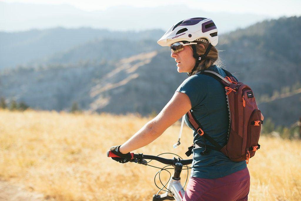 mountain bike accessories backpack