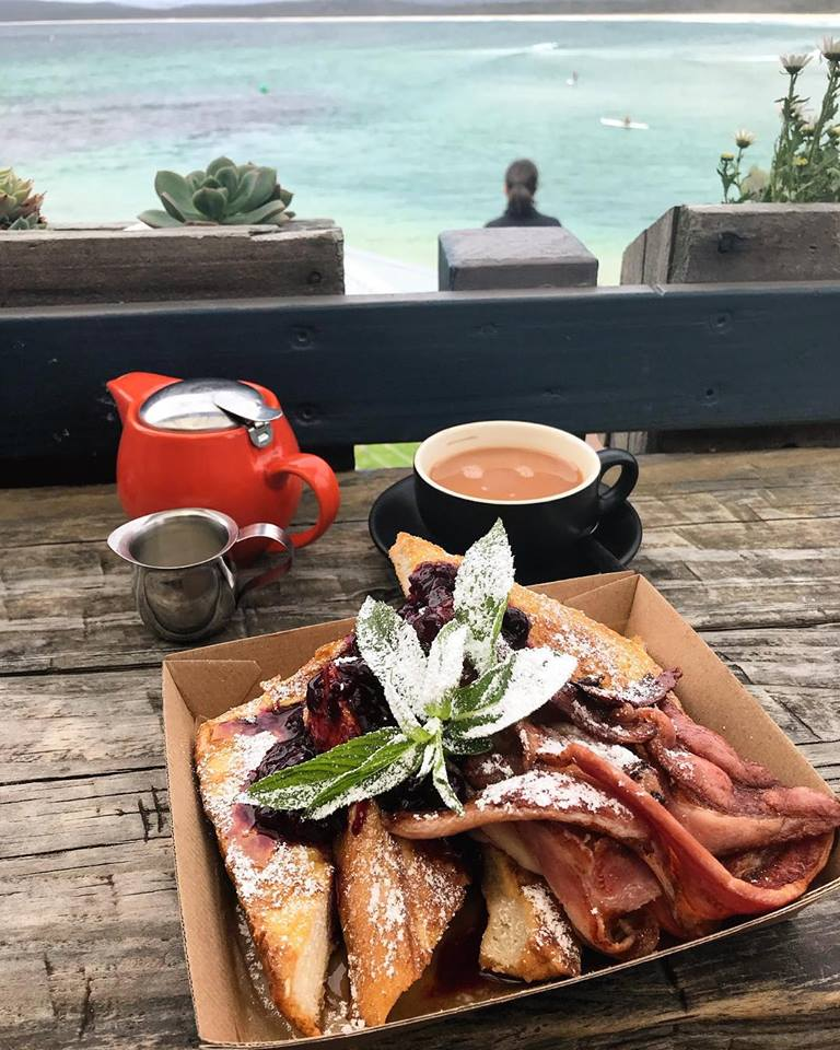 coffee and brekkie at Bar Beach Kiosk, Merimbula