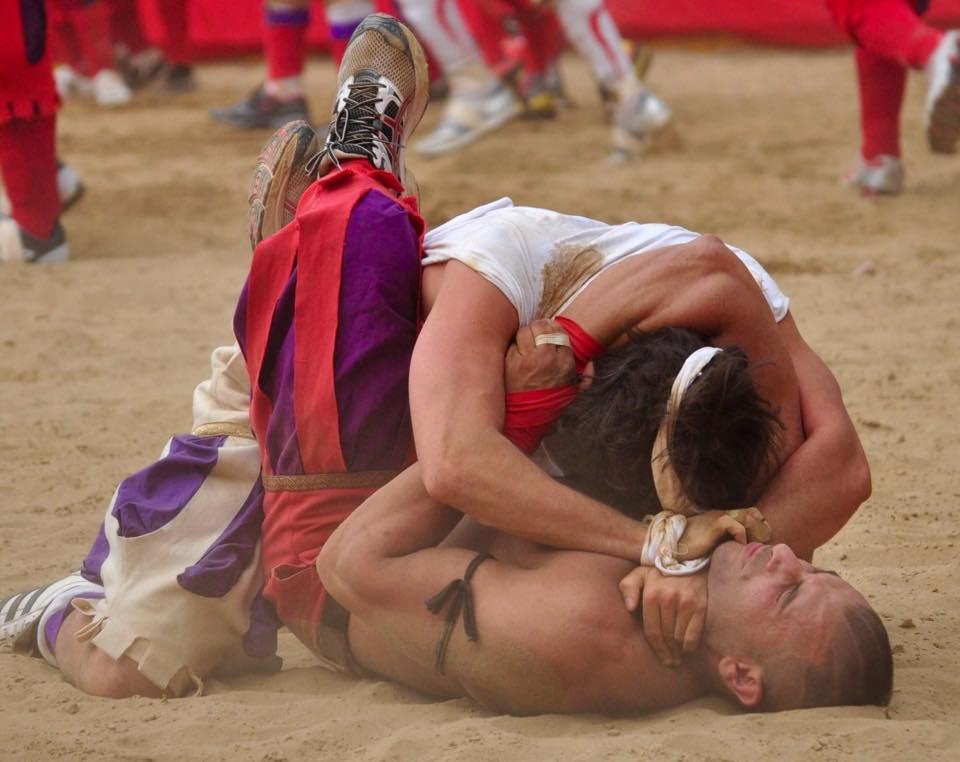 calcio storico fiorenti the most brutal game in the world