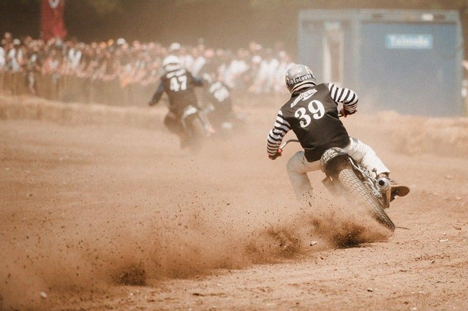riders at El Rollo Flat Track Race