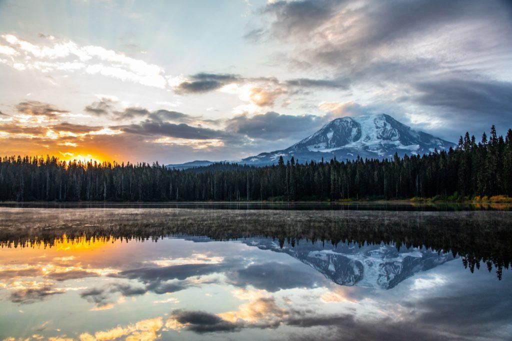 View across the Cascade Mountains