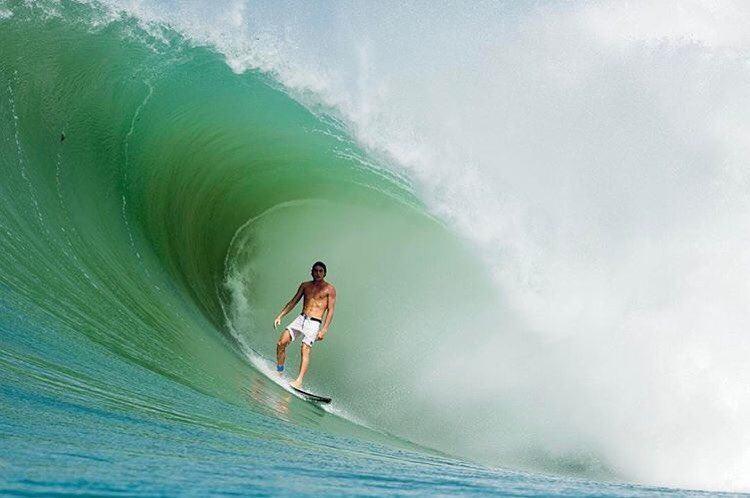 pro surfer leo fioravanti
