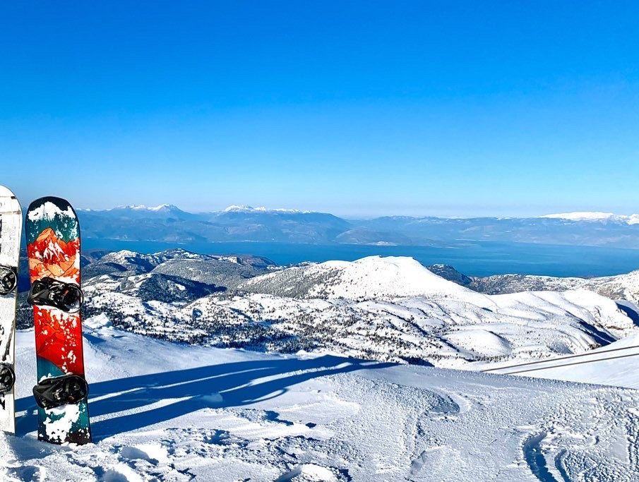 snowboarding in Vasilitsa Greece