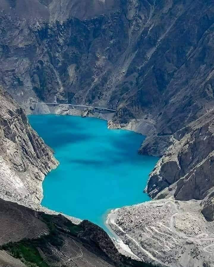 beautiful, turquoise expanse of water at Attabad Lake