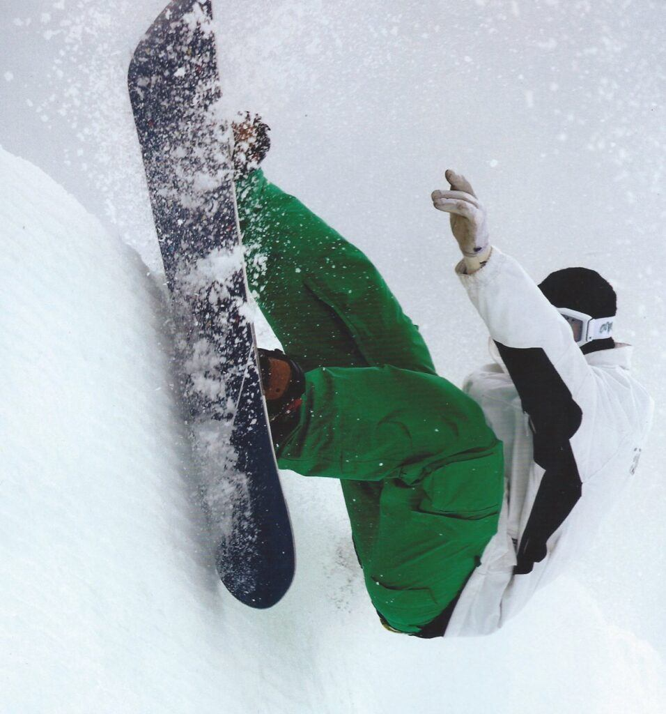 keir dillon snowboard slash