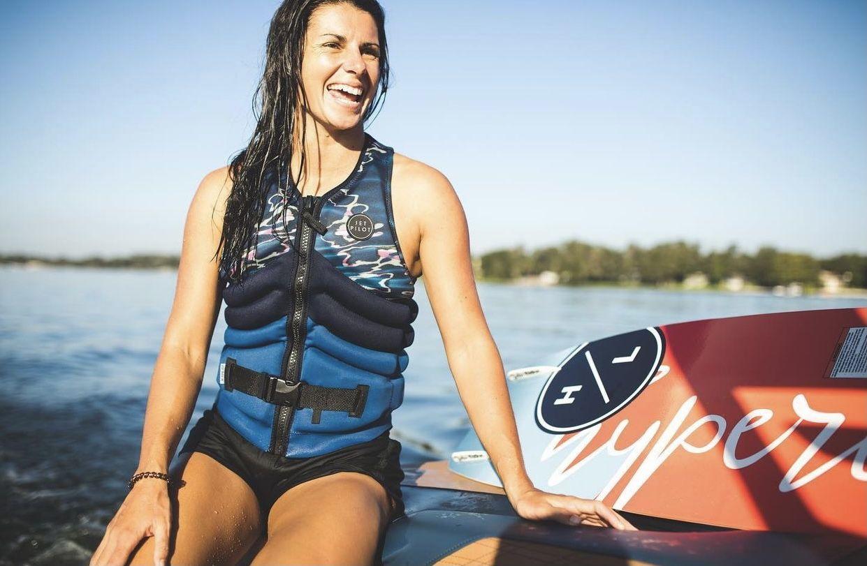 Bec Gange pro wakeboarder